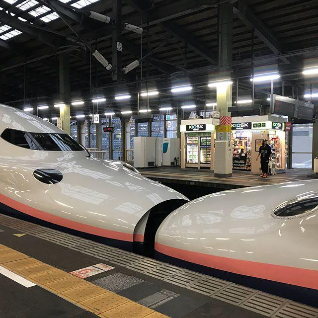 【Instagram】まもなく新潟駅出発します。帰りは二階建てMAXの2階席です(^^)台風が心配な東京に戻ります。#新潟旅行