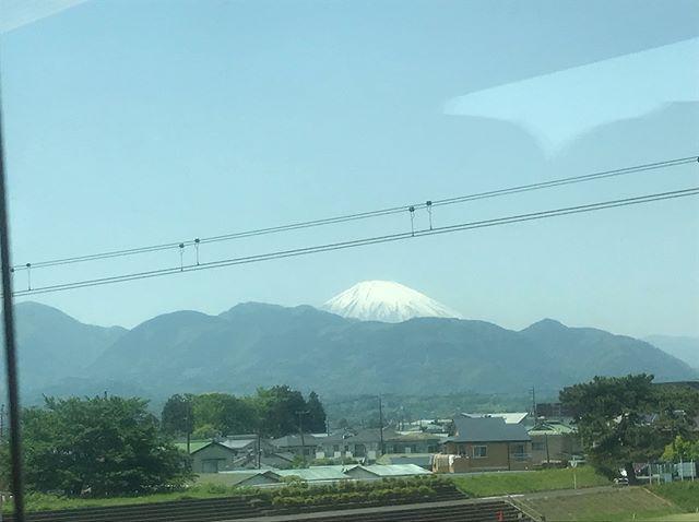 ロマンスカーからの富士山
